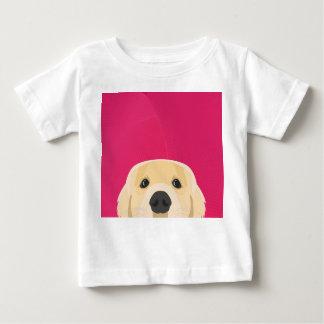 ピンクの背景とのイラストレーション金Retriver ベビーTシャツ