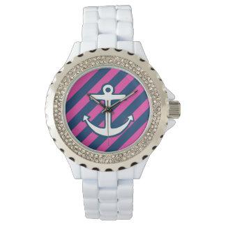 ピンクの航海のないかりの腕時計 腕時計