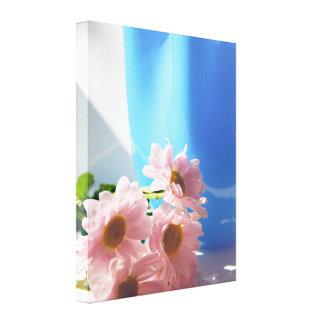 ピンクの花およびターコイズのつぼ キャンバスプリント