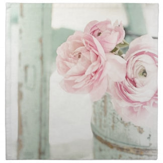 ピンクの花のぼろぼろのシックな水差し ナプキンクロス