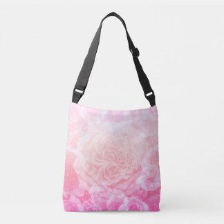 ピンクの花のOmbré クロスボディバッグ