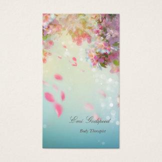 ピンクの花びらが舞うオシャレな名刺 名刺