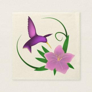 ピンクの花を持つハチドリ スタンダードカクテルナプキン
