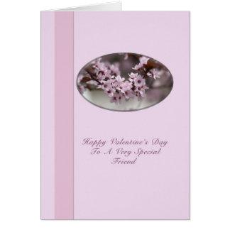 ピンクの花を持つ友人のバレンタイン カード