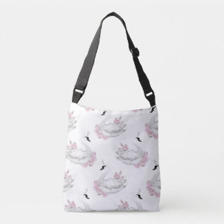 ピンクの花模様を持つ粋で白い白鳥 クロスボディバッグ