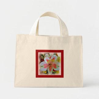 ピンクの花花束のバッグでかわいらしい ミニトートバッグ