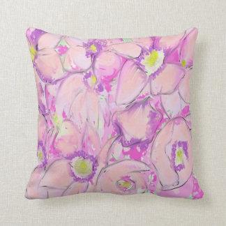 ピンクの花 クッション