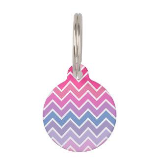 ピンクの薄紫のグラデーションなシェブロンパターン ペット ネームタグ