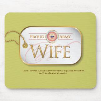 ピンクの誇り高い軍隊の妻 マウスパッド