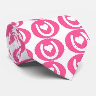 ピンクの蹄鉄およびハート ネクタイ