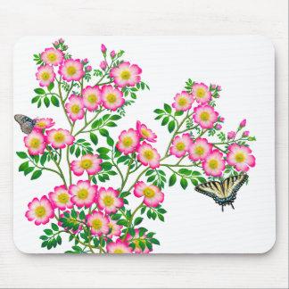 ピンクの野生のバラのマウスパッドの蝶 マウスパッド