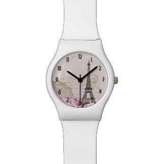 ピンクの野生の花が付いているヴィンテージのエッフェル塔のコラージュ 腕時計