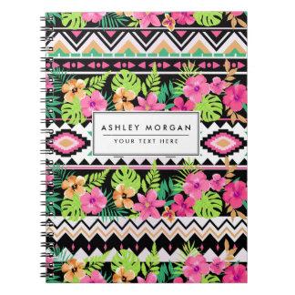 ピンクの野生の花の種族パターン ノートブック
