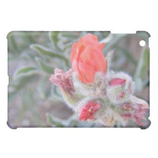 ピンクの野生の花の花 iPad MINIケース