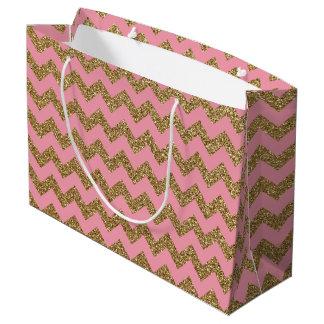 ピンクの金ゴールドのグリッターのシェブロンパターン ラージペーパーバッグ