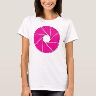 ピンクの開きの刃 Tシャツ