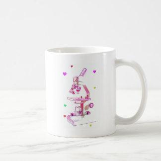 ピンクの顕微鏡 コーヒーマグカップ