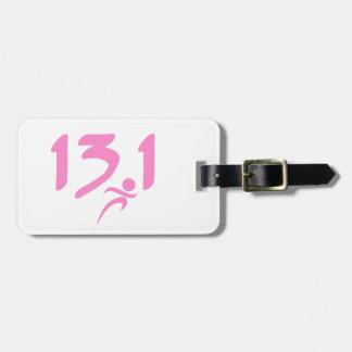 ピンクの13.1の半マラソン ラゲッジタグ