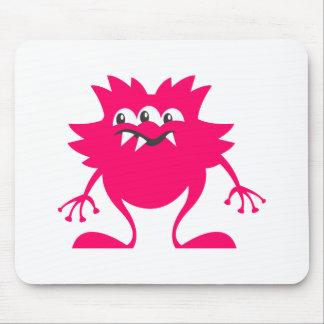 ピンクの3目のエイリアン マウスパッド