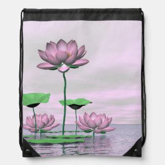 ピンクの《植物》スイレンおよびはすの花- 3Dは描写します ナップサック