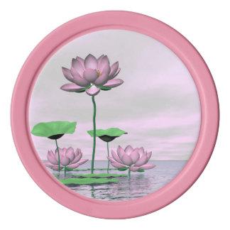 ピンクの《植物》スイレンおよびはすの花- 3Dは描写します ポーカーチップ