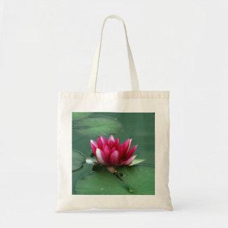 ピンクの《植物》スイレン トートバッグ