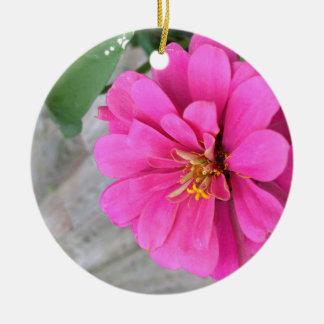 ピンクの《植物》百日草 セラミックオーナメント