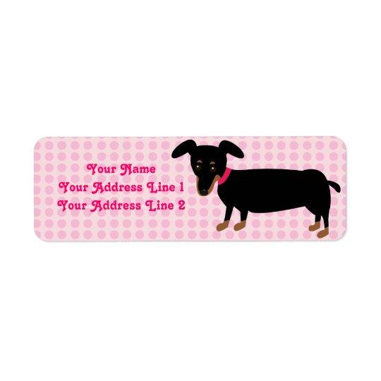 ピンクのDoxieの女の子は背景に点を打ちます 返信用宛名ラベル