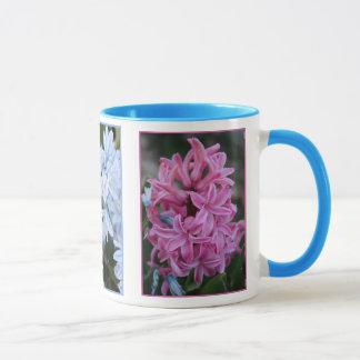 ピンクのHyacinthおよびLt Blue Flowers マグカップ