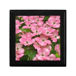 ピンクのkousaのミズキの花のプリント ギフトボックス
