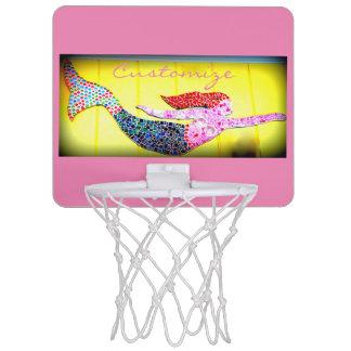 ピンクのmosiacの人魚の水泳 ミニバスケットボールゴール