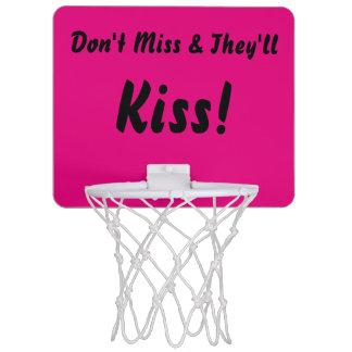 ピンクは恋しく思わないし、接吻します ミニバスケットボールネット