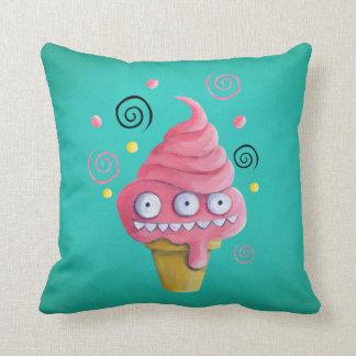 ピンクモンスターのアイスクリームコーン クッション