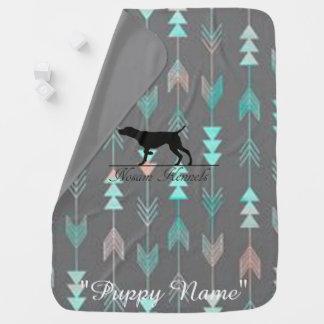 ピンク及びティール(緑がかった色)の矢パターン子犬毛布 ベビー ブランケット