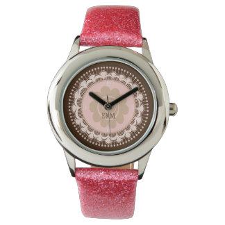 ピンク及びブラウンのモノグラムのなアールデコのノベルティの腕時計 腕時計