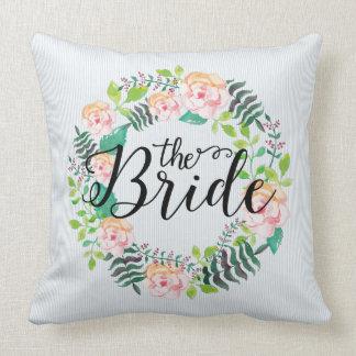 ピンク及びモモのバラのリースモダンの文字花嫁 クッション