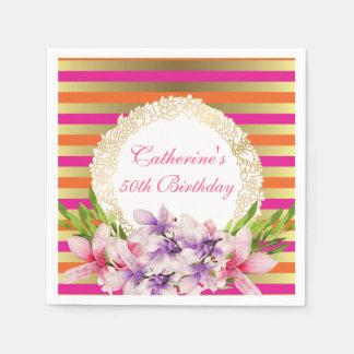 ピンク及び模造のな金ゴールドのストライプな誕生日のマグノリア スタンダードカクテルナプキン
