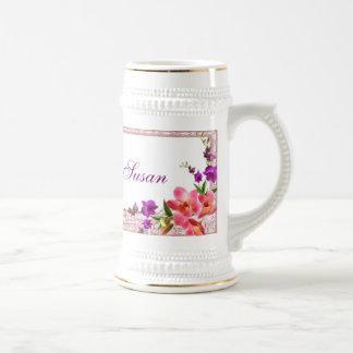 ピンク及び紫色名前をカスタムするを開花します ビールジョッキ