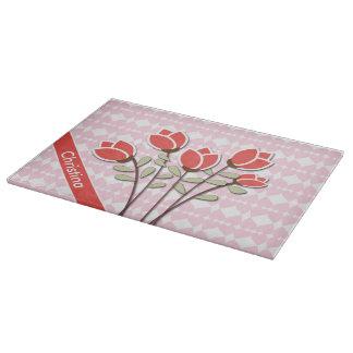 ピンク愛ハートの名前入りで赤いバラ カッティングボード