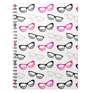 ピンク、黒い及び灰色ガラス及び鞭 ノートブック