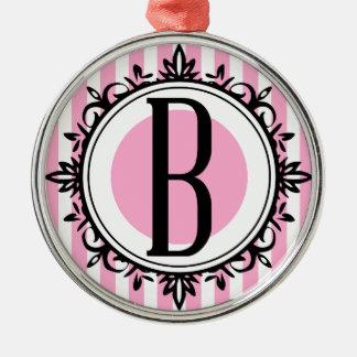 ピンク「B」のモノグラム メタルオーナメント
