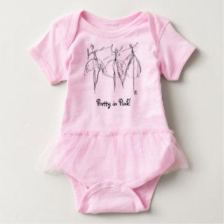 ピンク- Onsieでかわいらしい ベビーボディスーツ