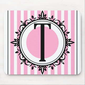ピンク「T」のモノグラム マウスパッド