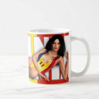 ピンナップのマグ-世界(ルーマニア)の女の子 コーヒーマグカップ