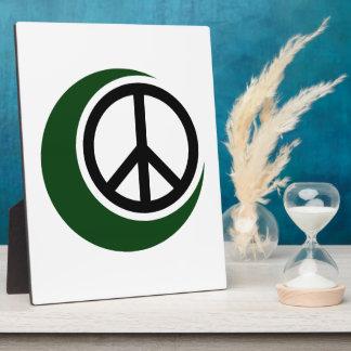 ピースサインとのイスラム教のイスラム教の記号 フォトプラーク