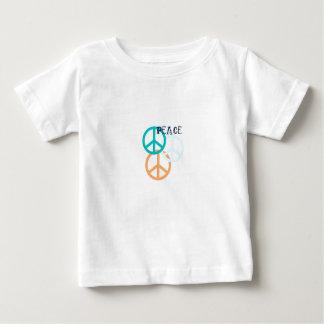ピースサインの乳児のTシャツ ベビーTシャツ