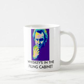 ファイリングキャビネットのウィスキー コーヒーマグカップ