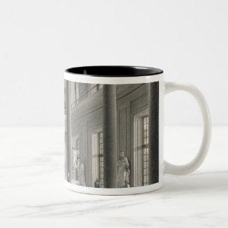 ファインアートアカデミーの上部の表玄関 ツートーンマグカップ