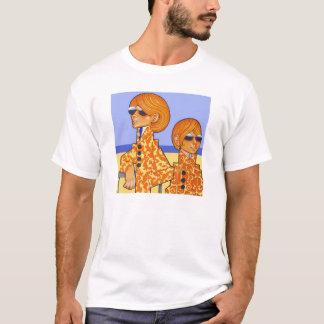 ファッションの従節 Tシャツ