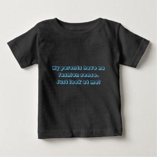 ファッション感覚 ベビーTシャツ